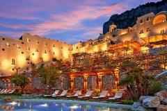 Monastero-Santa-Rosa-Hotel-and-Spa-in-Italy