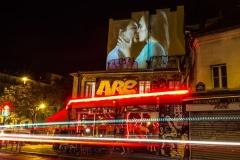 julien-nonnon-digital-street-art-paris-couples-kissing-designboom-01