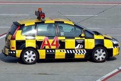 FOLLOW_ME_car_-_Ferihegy_Airport